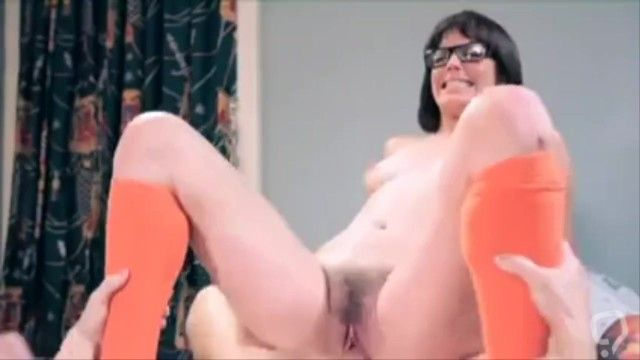 Velma and Daphne get fucked hard (scooby doo)