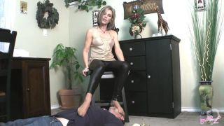 smelling lady sweaty nylon feet