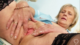 Cunt stretching solo with nasty granny