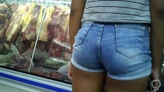 Novinha de shortinho atolado dlc teen hot shorts in pussy