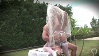Ravishing adventure for steamy bride