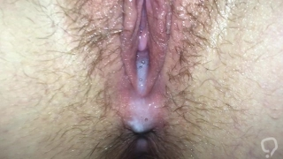 Teen Creampie Closeup! Huge load of Cum Flowing from her tight pink pussy!