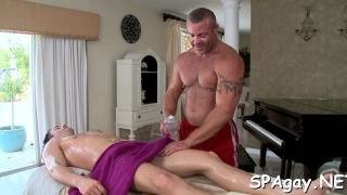 wild massage for gay bear video