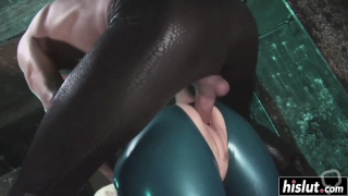Girl in latex pleases a dick
