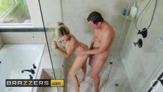 Kendra Lust Zoe Clark Jessy Jones - Let's All Shower
