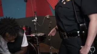 Thick milf feet Raw video grips cop poking a deadbeat dad