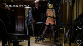 Good little slave takes the whipping