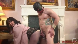 Horny Dude Loves Anal