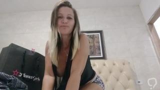 Angelica milf gostosa youtubee pagando peitinho