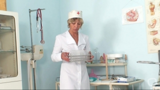 Cunt stretching with horny mature nurse