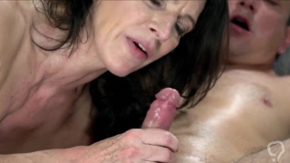 Gran fucked by young guy, and takes a mouthful of cum