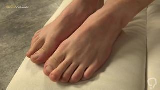 Sexy blonde teen feet
